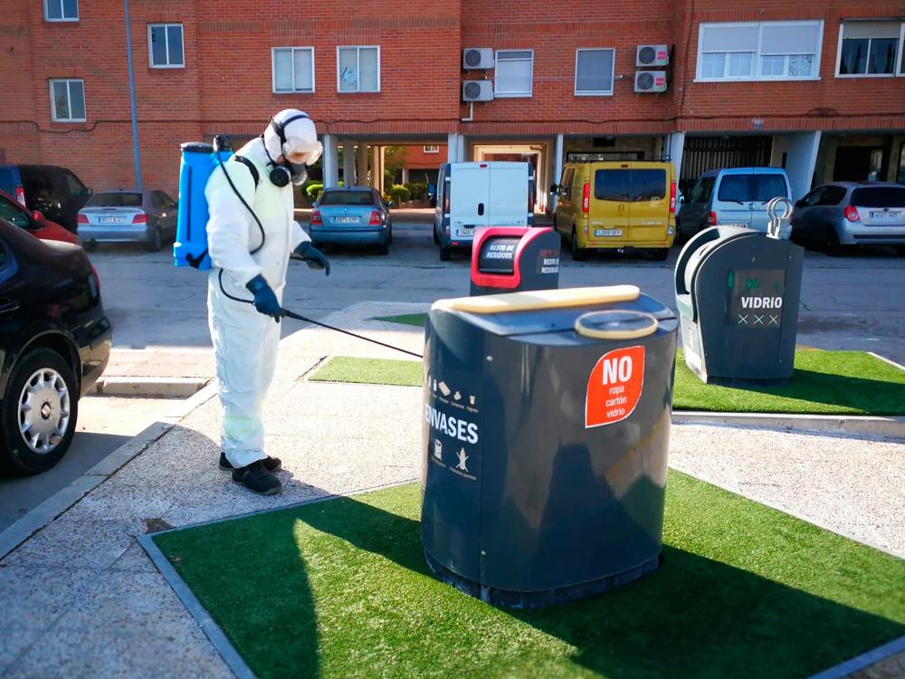 Trabajos de desinfección realizados por el Servicio de Limpieza Municipal