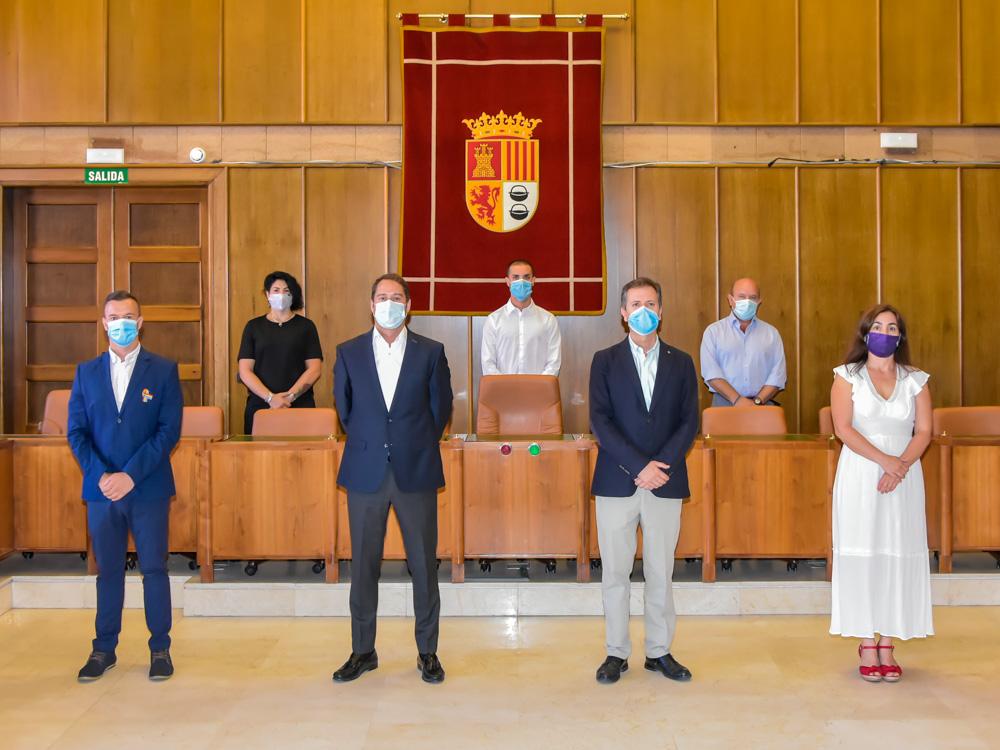 Firma del Pacto Torrejón Solidario